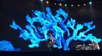 U2 BMAでツアー2部門受賞 - 自由が丘ゴーヤ育成会(映画『ボヘミアン・ラブソディ』のレミ、U2ボノと意外な接点があった)