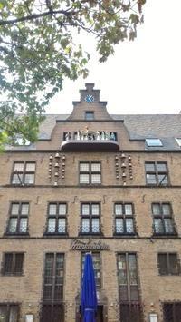 大聖堂前の仕掛け時計&フードトラックフェス☆ - ドイツより、素敵なものに囲まれて②