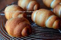 塩パン - 森の中でパンを楽しむ