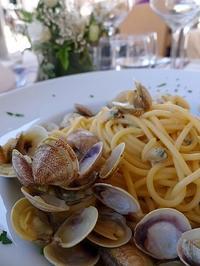 あさりのスパゲッティ (Spaghetti al vongole) - エミリアからの便り
