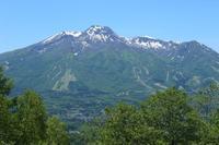 20180525 【登山】斑尾山から見た妙高山 - 杉本敏宏のつれづれなるままに
