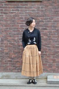 ribbon frameのスカート。 - i.d.&company