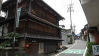 飛騨金山の木造三階建 - 路地裏統合サイト【町角風景】
