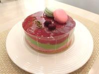 わくわく♫ カラフルなムースケーキ - プチフラムスタッフ