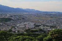 高過ぎるお立ち台 - 新幹線の写真