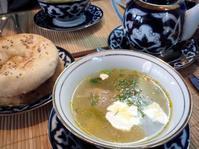 「スパシーバ」だけで旅するモスクワ <いろいろな料理店のこと> - Малый МИР〔マールイ・ミール〕