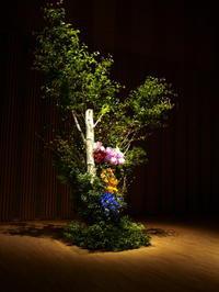 札幌コンサートホールKitaraでのピアノリサイタルのステージ装花。2018/05/26。 - 札幌 花屋 meLL flowers