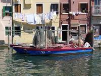 運河の上の洗濯物 (Bucato) - エミリアからの便り