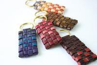 風のキーホルダー 新色です! - wakaba leather works