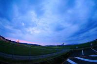 天草空港の夕景。 - 青い海と空を追いかけて。
