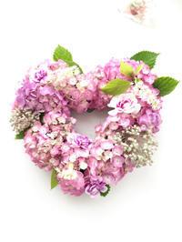 フレッシュなハートのリース - **おやつのお花*   きれい 可愛い いとおしいをデザインしましょう♪