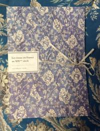 海辺の本棚『19世紀フランスの布』 - 海の古書店