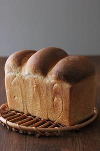 ホップス~!食パンも焼いています - Takacoco Kitchen