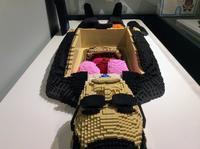 科学博物館の「人体展」来てますが、展示品、撮影禁止ですので、タモリブロックを撮りました。 - 設計事務所 arkilab