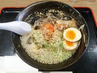 梅光るラーメン+味玉(梅光軒 新さっぽろカテプリ店:2018年90杯目) - eihoのブログ2