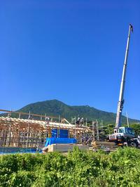 筑波山の麓で平屋の上棟 - 楽家記(らくがき)