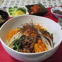 作っていても楽しいビビンパ❣️ - Mme.Sacicoの東京お昼ごはん