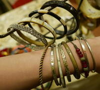 vintage Bangle - carboots