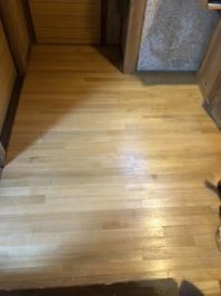 無垢のナラ材のフローリング張り替え - 手作り家具工房の記録