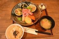 39品目の野菜が摂れるランチ 玄三庵 西梅田店 - 今日はなに食べる? ☆大阪北新地ランチ