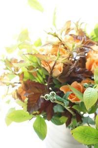 パリスタイル金澤も人気です - お花に囲まれて