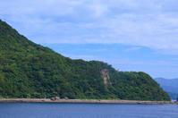 戸島灯台(天草)。 - 青い海と空を追いかけて。