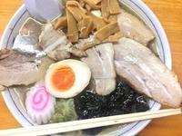 村上市でラーメン食べるなら「にくに」肉そば大盛り - ビバ自営業2