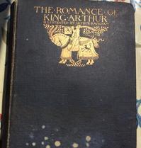 最高のプレゼント、101年前に出版されたアーサー王の物語 - イギリス ウェールズの自然なくらし