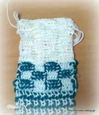 アフガン編みのクッション3つ目その5 - ルーマニアン・マクラメに魅せられて