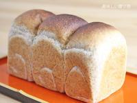 ハチミツ胚芽食パン~7月パンレッスン~ - 美味しい贈り物