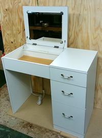 ドレッサー 白い家具 - ノブケン便り2
