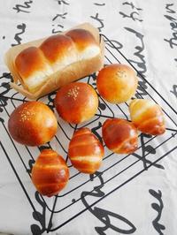 ロールパンとミニ食パン♪ - This is delicious !!