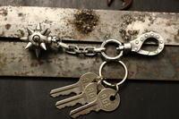 MOHICAN XXXXXMHKEY-04 / 死球デッドボールキーホルダー - アクセサリー職人 モリタカツヤ MOHICAN XXXXX  Jewelry Factory KUROBE