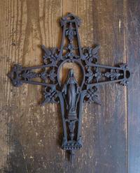 金属の十字架 聖母マリア サルベージ / F345 - Glicinia 古道具店
