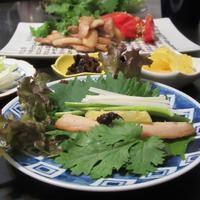 サムジャンでレタス包み - Mme.Sacicoの東京お昼ごはん
