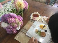 今月のフラワーアレンジレッスン - coco diary 山口県 お花と絵と楽しいティータイム
