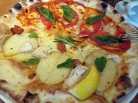【TO THE HERBS】平日ランチのピザ&サラダ~~~ - お散歩アルバム・・梅雨空の徒然