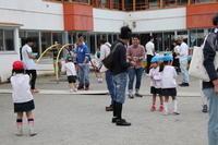 父の日の動画を公開します。 - 笠間市 ともべ幼稚園 ひろばの裏庭<笠間市(旧友部町)>