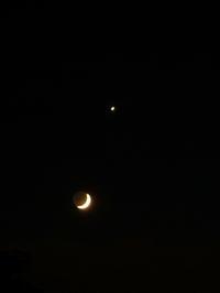 6月の宵の三日月と金星 - 見知らぬ世界に想いを馳せ