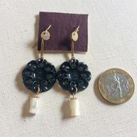アメリカヴィンテージボタンのピアス - CELESTE アクセサリーと古道具