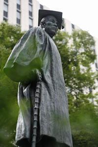 「早稲田」番外編ブロンズたち170923 - 建築三昧