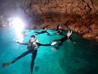 青の洞窟スノーケル!! - 沖縄ダイビング&フィッシング DSA ブログ