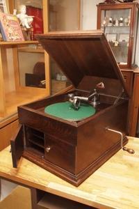 卓上蓄音機 HMV 6号 - シェルマン アートワークス 蓄音機blog
