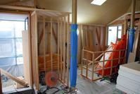 大工工事大詰め/方形の平屋/岡山 - 建築事務所は日々考える