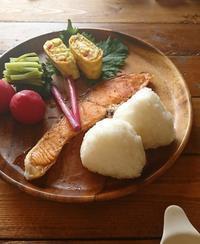 イエシゴトVol.259今日の朝ごはん&久々のイメチェン - YUKA'sレシピ♪