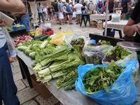 クロアチア旅行:ドゥブロブニクの青空市場と食事 - おいしいもの大好き!