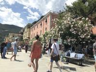 モンテロッソ、貸パラソルのお値段 - フィレンツェのガイド なぎさの便り