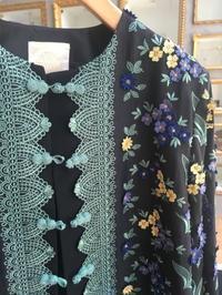 初夏に花咲くボタニカルジャケットの装い🎵 - 八巻多鶴子が贈る 華麗なるジュエリー・デイズ