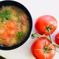 トマトとバジルのお味噌汁 - 玄米菜食 in ニュージャージー