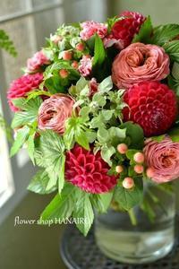 お誕生日のお祝いに♪花束。 - 花色~あなたの好きなお花屋さんになりたい~